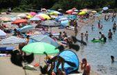 """FOTO/VIDEO """"Nema turista?"""" Ovako su izgledale krčke plaže ovoga vikenda"""