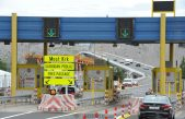 Kolona prema kopnu od Malinske, Krčki most zatvoren za motocikle, kampere i autobuse na kat