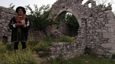 FOTO Obilazak crkava Sv. Petra na otoku Krku s Darkom Antolkovićem i knezovima krčkim Frankopanima