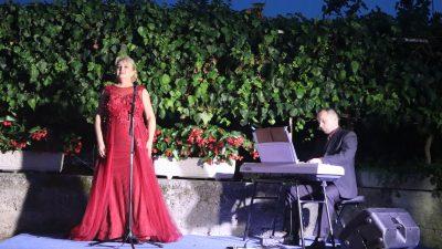 VIDEO Prvi u nizu koncerata: Klasika je stigla u Dubašnicu!