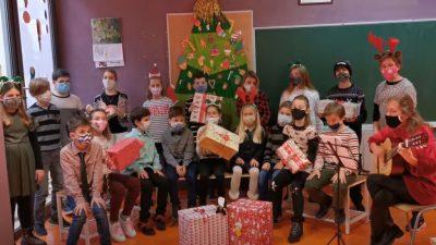 VIDEO Učenici OŠ Fran Krsto Frankopan Krk Božić čestitali virtualnim koncertom