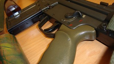 Krk, Gorski kotar i Rijeka: policiji predane puške, bombe i streljivo