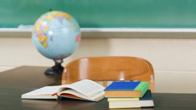 Općina Omišalj uvela sufinanciranje udžbenika po dva modela, obiteljima nižih primanja i do 1000 kuna