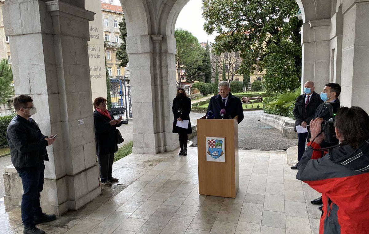Župan Komadina najavio povratak svih srednjoškolaca u škole 15. veljače i uspostavu cjelogodišnje linije Baška-Lopar-Baška
