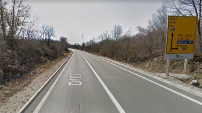 U prometnoj nesreći kod Malinske poginuo 28-godišnji vozač, još tri osobe ozlijeđene