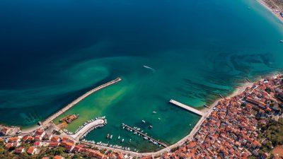 Završeni radovi sanacije Velog mula u gradu Krku, u Baški se dograđuje luka i glavni lukobran