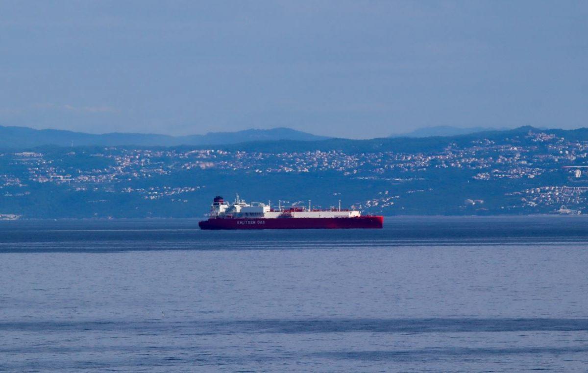 U Omišalj stiže 299-metarski LNG tanker Rias Baixas Knutsen