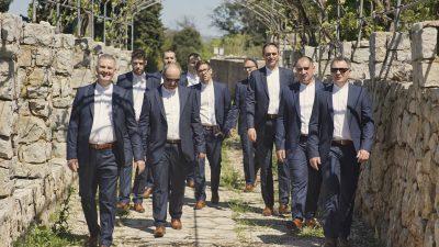 """""""Samo kantat"""": Novi single klape Kaštadi kao posveta tradiciji krčke klapske pjesme"""