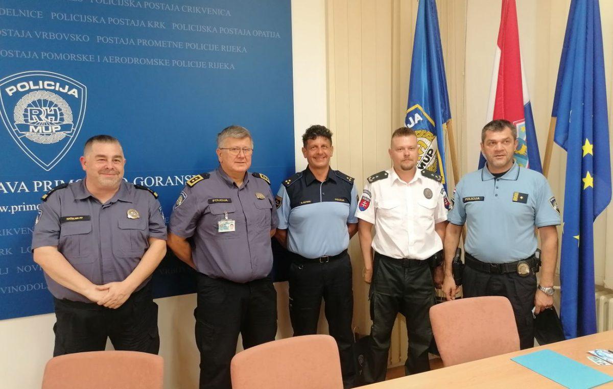 Sigurna turistička destinacija: Na Krku slovenska, u Crikvenici slovačka policija