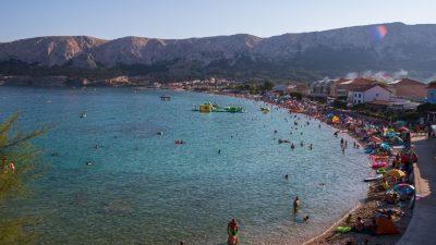 Turističke brojke iznad očekivanja: U prvih 8 mjeseci na Krku srušeni prošlogodišnji rezultati