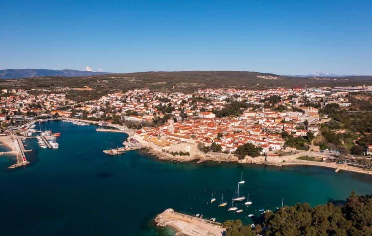 Sjajan kolovoz u gradu Krku: Objekti u domaćinstvu ostvarili 92% kampovi 94%, hoteli čak 99%…